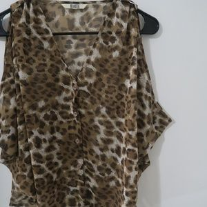 BB Dakota Leopard Print Lightweight Vest